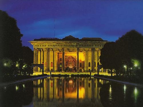 Palacio de Chehel Sotun