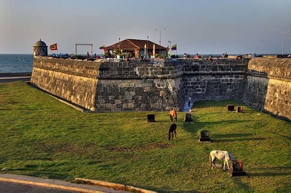 Puerto y fortalezas de Cartagena de Indias